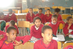 Students at Atse Yohannes Elementary School in Mekelle welcomed the opportunity to learn about puppets and puppetry.